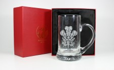 welsh feathers glass tankard